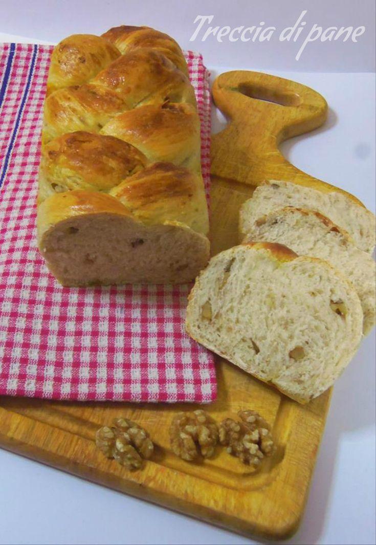Treccia di pane con latte e noci