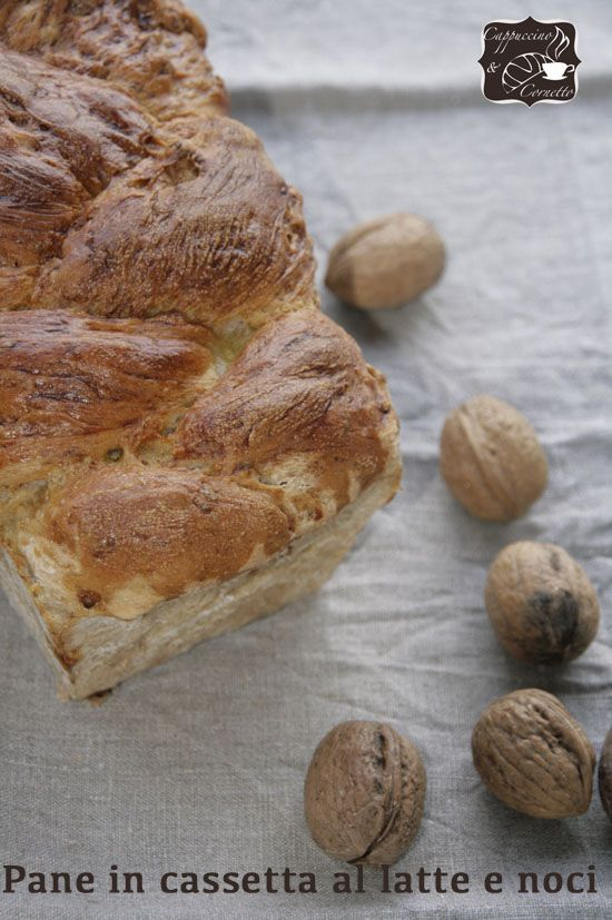 Come da titolo, oggi una super ricetta di un pane semplice, buono e morbido. Vi ricordate dei problemi di Amazon di qualche mese fa, ad agosto -settembre per la precisione? Ecco, in quell'occ…