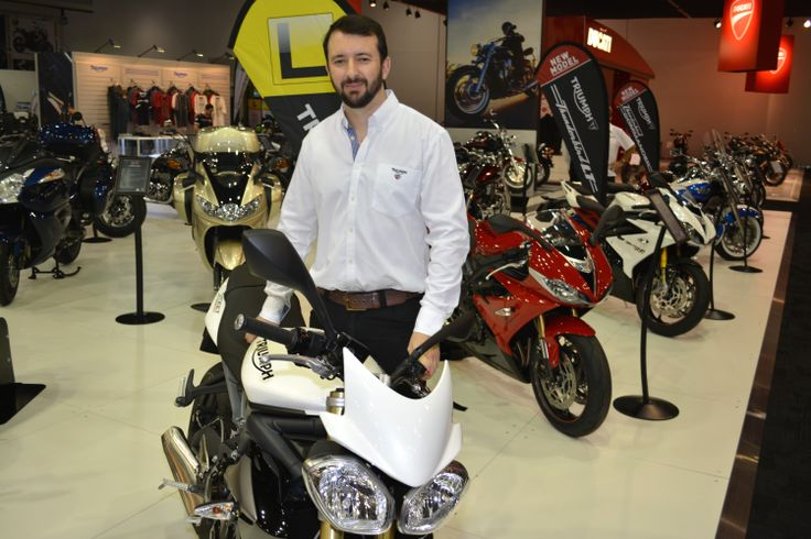 Triumph export sales boss Peter Huckin with the just-for-Australia Street Triple 660  Read the story here: http://motorbikewriter.com/new-models-at-moto-expo/