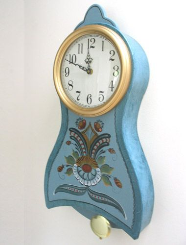 213 best images about wood clocks on pinterest radios for Small clocks for crafts