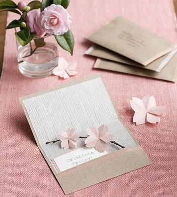 DIY Cards DIY Paper Craft : DIY card with origami flowers: