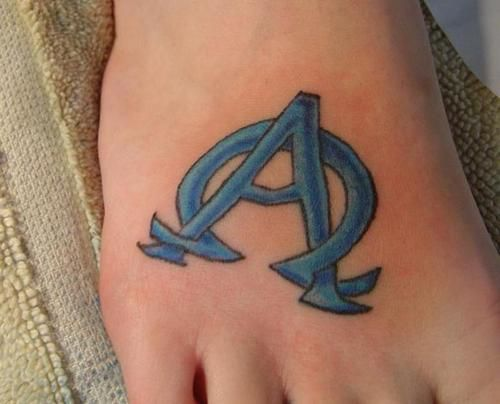 17 best ideas about alpha omega tattoo on pinterest chi rho symbols and christian tattoos. Black Bedroom Furniture Sets. Home Design Ideas