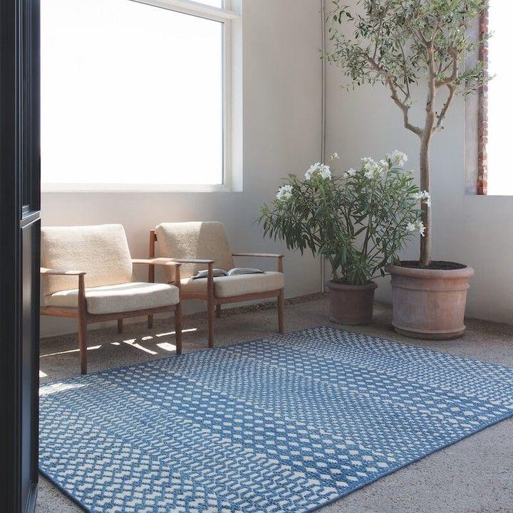 Classic Blue Trendfarbe 2020 Wir Haben Eine Grosse Auswahl An Blauen Teppichen Traumteppich Kuschelteppich T In 2020 Decor Home Decor Home
