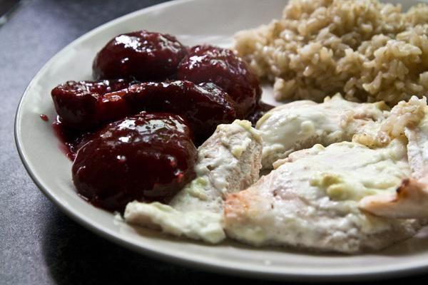 Fokhagymás csirke szilvamártással recept | Csirkés receptek, csirkemell ételek