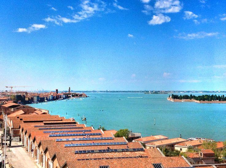 25 aprile: 10 cose da fare a Venezia. Un itinerario per vivere il lungo weekend di fine aprile in laguna tra sport, teatro, musica e giochi con i bambini