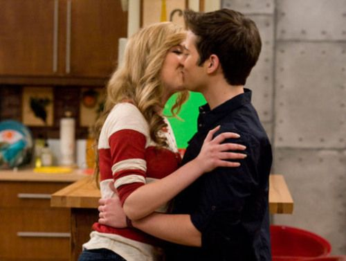sam and cat meet icarly