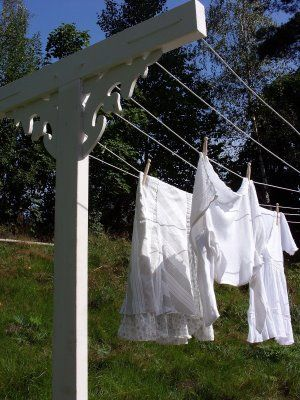 painted clothesline with scroll work