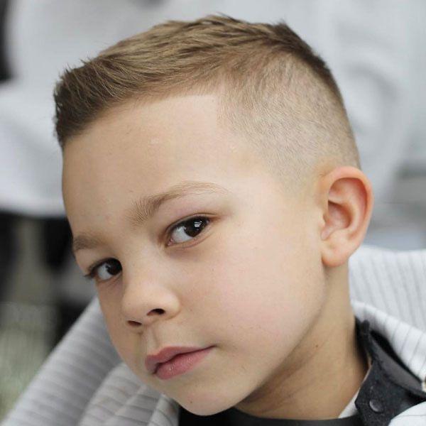 Epingle Par Nicolas Lrt Rch Sur Hair Coupe De Cheveux Garcon Coupes De Cheveux Court De Garcon Coupes De Cheveux Pour Enfants