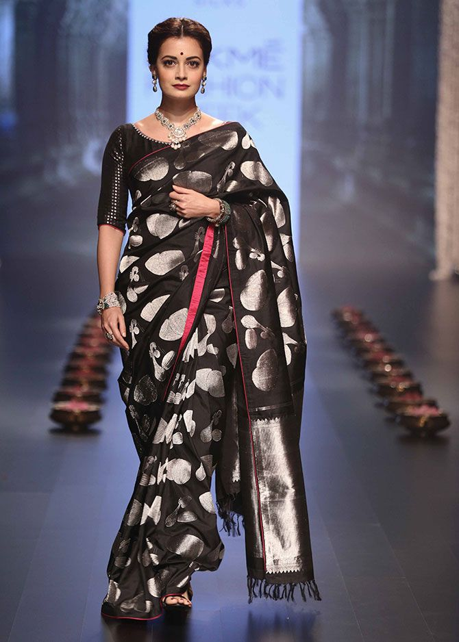 #Dia Mirza Walks For Santosh Parekh at Lakme #Fashion Week W/F 2016. #saree…