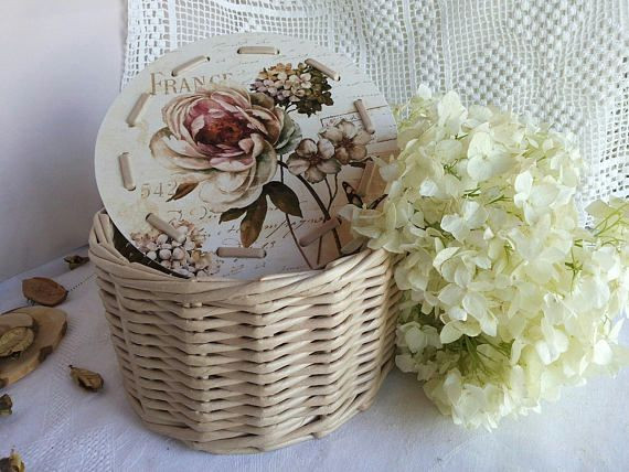 Best 25 Gift Hampers Ideas On Pinterest Eco Christmas