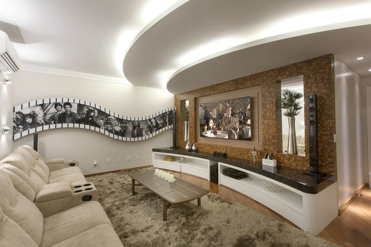 Home Theater, painel pastilhas, rack tampo mármore nero marquina