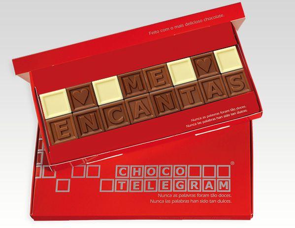 Palabras de Amor en cuadritos de chocolate. ¡Cree el mensaje docinha!