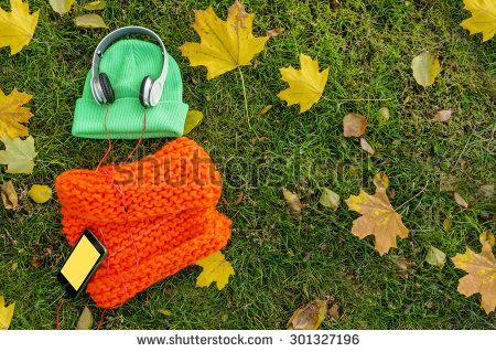 Autumn Headphones zdjęć stockowych, obrazów i zdjęć   Shutterstock