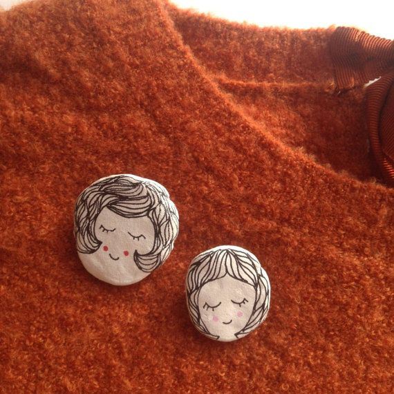Mom & Daughter Clay Brooch Set on Etsy by Happy Marker #cute #diy #drawing #illustration #mothersday #pretty #gift #may