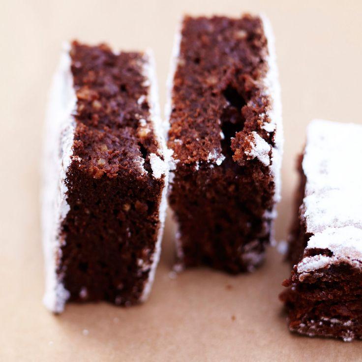 Découvrez la recette Brownie vegan light sur cuisineactuelle.fr.
