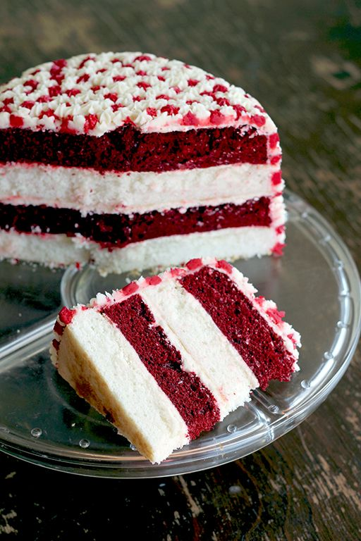 Attainable Eats: Simple Canada Day Cake red velvet and vanilla cake :)