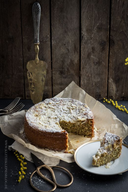 KLITZEKLEIN | Mandelkuchen mit Safran und ganz ohne Mehl – Hallelujah, mein saftigstes Kuchenglück! | http://www.klitzekleinesblog.de