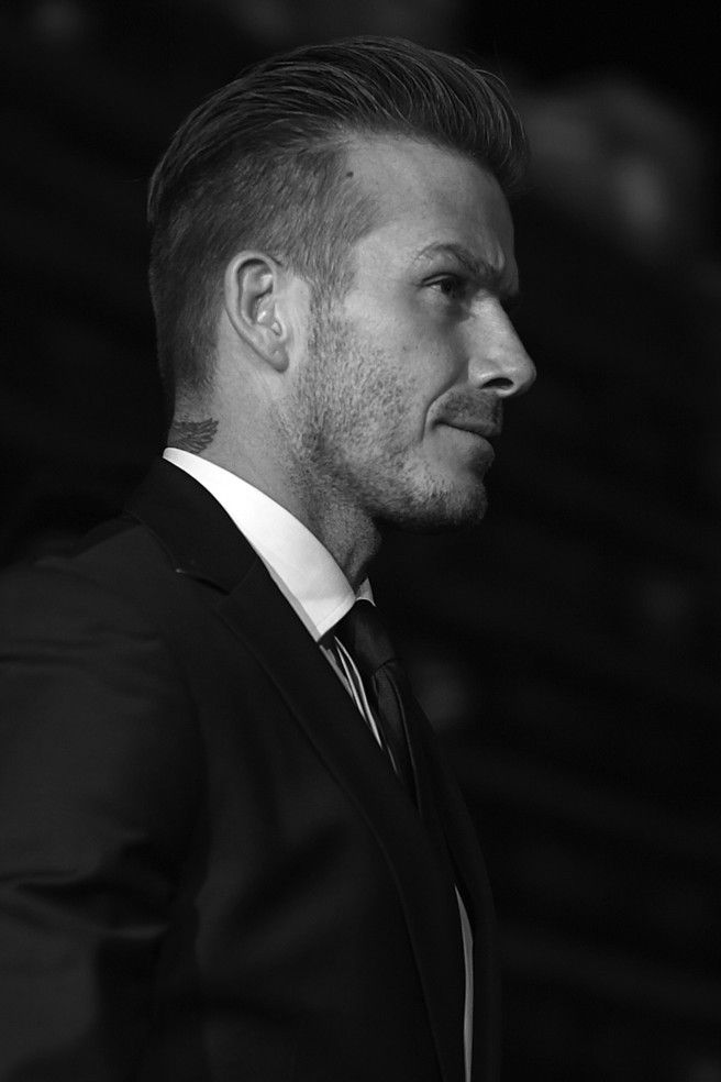 David Beckham wears the come back hair trend well. Shop: http://www.luxurybarber.com/