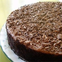 Irish Cream Chocolate Cheesecake - Allrecipes.com This looks so good, going to have to try it soon!