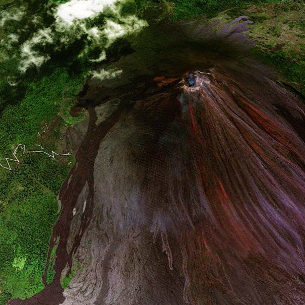 It's amazing how much volcanoes on Google Maps 3D satellite view resemble the models you made in 3rd grade using paper mache and melted crayons. #traveltruth #travel #adventuretravel #volcano #volcanohike #google #googlemaps #googleearth #guatemala #pacaya #pacayavolcano #lava #instalife #travellife