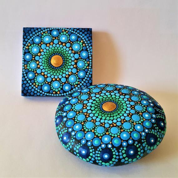 Mandala steen schilderde sieraden Mandala stenen Dot Art beschilderde stenen Royal Blue Rock schilderij juweel druppel