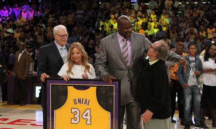 """Jeanie Buss: 'No plans' for Phil Jackson to join Lakers = In a radio interview with Ramona Shelburne and Michelle Beadle of ESPN, Los Angeles Lakers co-owner Jeanie Buss said that there are """"no plans"""" for her fiancé, New York Knicks president Phil Jackson, to join the team on....."""