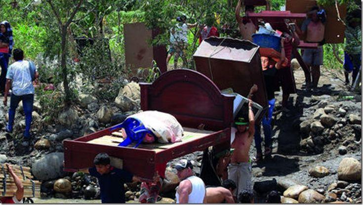 Juan Manuel Santos exige a Venezuela que respete a los colombianos http://www.inmigrantesenpanama.com/2015/08/26/juan-manuel-santos-exige-a-venezuela-que-respete-a-los-colombianos/