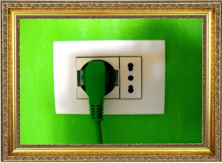 FOTOVOLTAICO a SPINA  Semplice e prezioso come l'energia che usi tutti i giorni!              http://ow.ly/XTpj5