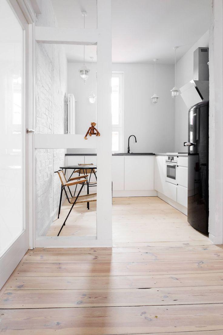 181 best small kitchen images on Pinterest | Kitchen modern, Little ...
