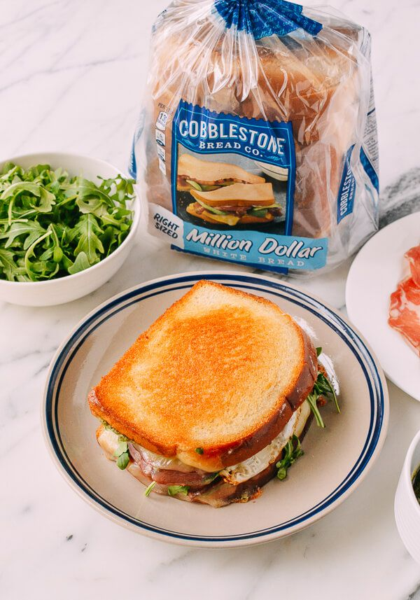 @cbcbreads @AOL_Lifestyle #Grownupsandwiches #Green #Eggs & #Ham #Grilled #Cheese recipe, by thewoksoflife.com #ontheblog #grilledcheese #homemade #yum #bread #carbs #nom #ad