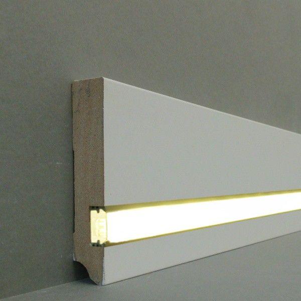 Great Licht Fu leisten u Licht Sockelleisten Gera Farbe wei MDF foliert Aluminium Schiene f r die LED Montage LED St