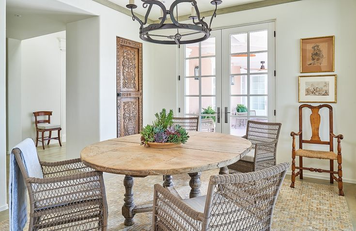 A breakfast room is easily one of the most used spaces in a home. Click through these 30 images to get inspired by the charm—and style—Dering Hall designers infused into a variety of breakfast rooms featuring classic tables.