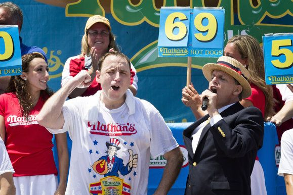 Hot Dog Eating: Joey Chestnut Breaks Own Record