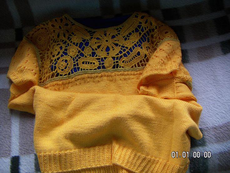 3 évig bökdöstem, ezt a pulóvert,párszor megszúrtam az ujjam :-*