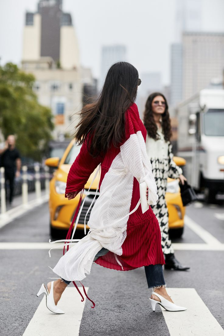 The new york vanity was named perfectly it has that city chic look - New York Fashion Week Street Style Spring 2018 Day 8 Cont