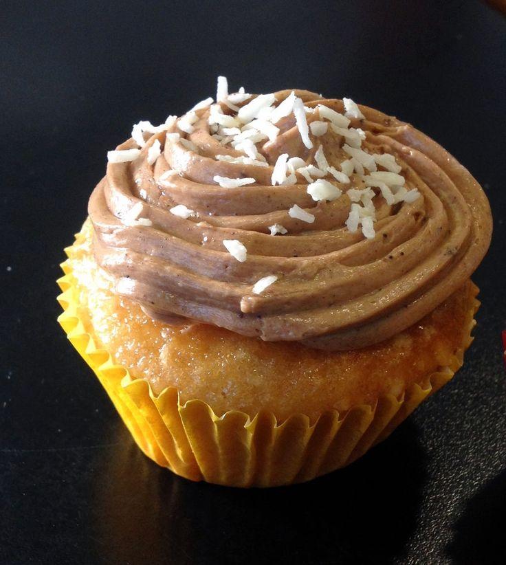 """I EAT VEG! By """"Quasicuoche.it"""" Le ricette in gara: CupFakes (ovvero cupcakes senza latticini né uova) di """"The Engineer's Kitchen"""""""