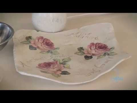 Hey... I show you how you make that cute jewelry dish with air dry clay. You need: *air dry clay (I got mine from a shop called 'Nanu Nana' for 1,99€) *rolli...
