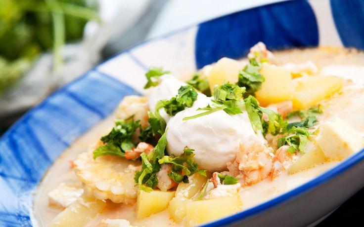 La receta de chupe de camarones es una de la maravillas gastronómicas del Perú. Aquí te explico con detalle cómo preparar este exquisito plato.