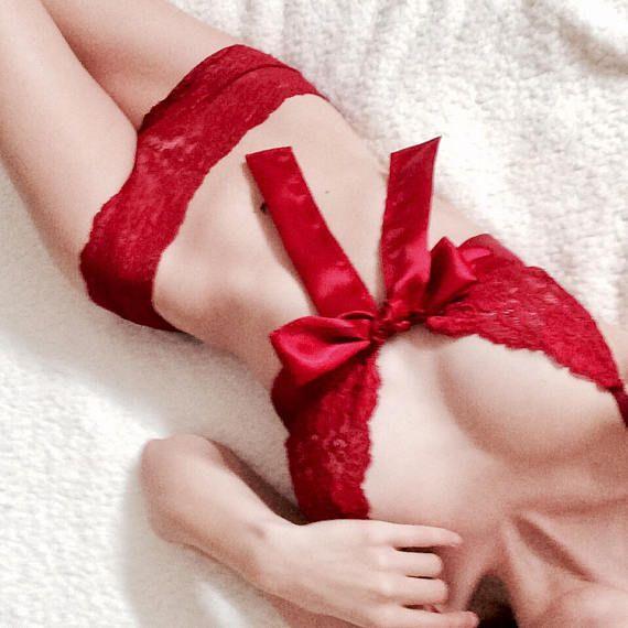 Conjunto de ropa interior de encaje rojo Day Dream  suave