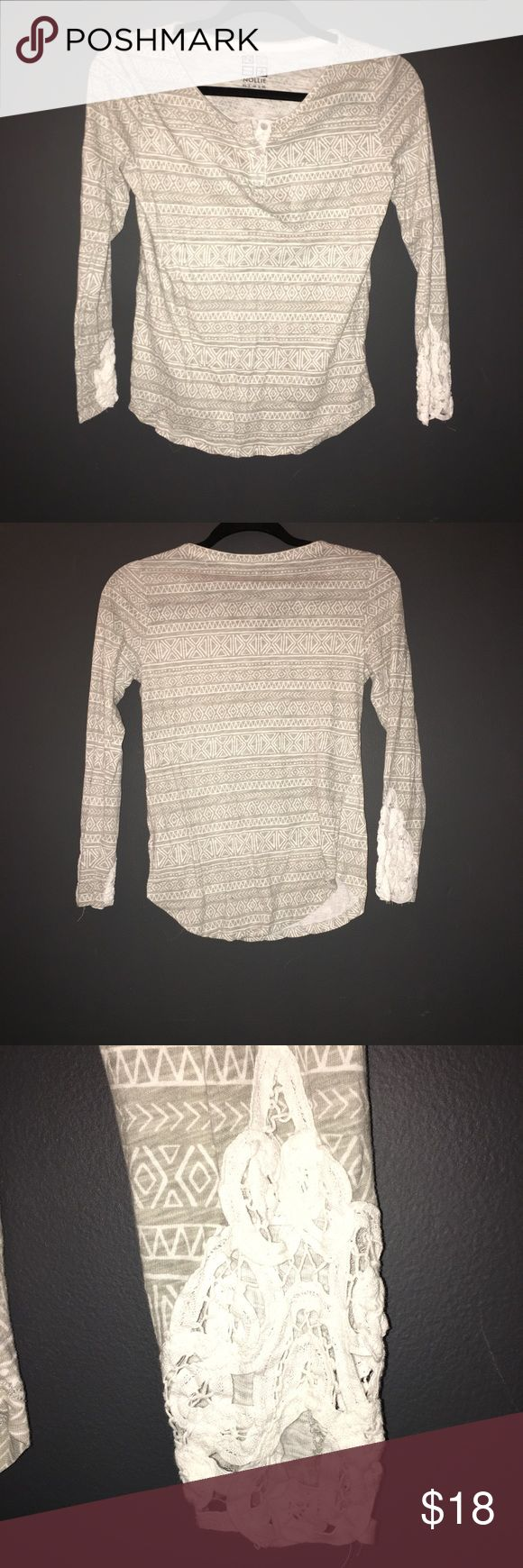 Pacsun gray and white Aztec long sleeve shirt! Pretty Lace design in sleeves and gray and white Aztec! From Pacsun ! Fall winter PacSun Tops Tees - Long Sleeve