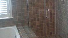 """Avec quoi nettoyer les vitres de douche - (Le RainX fonctionne bien pour ralentir le processus de """"salissage"""", mais n'enlève pas les traces croûtées)"""