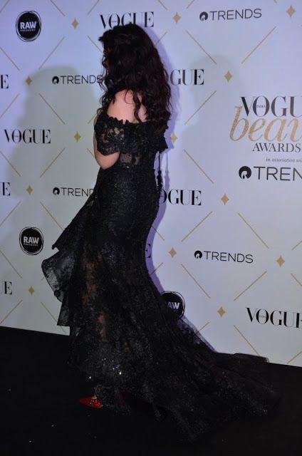 Bharatbytes: Aishwarya rai at Vogue Beauty Awards 2017