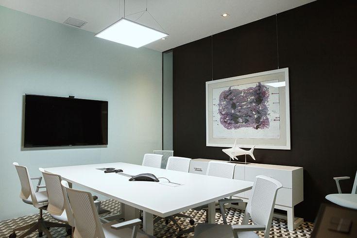 Oficina decoracion moderna for Arquitectura de oficinas modernas