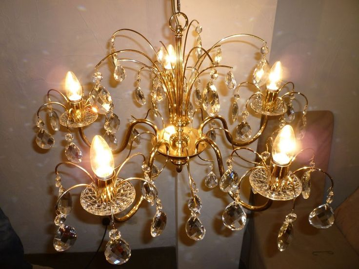 Stunning Gold/Crystal Glass Droplet Chandelier-Beautiful Design-Ex Condition