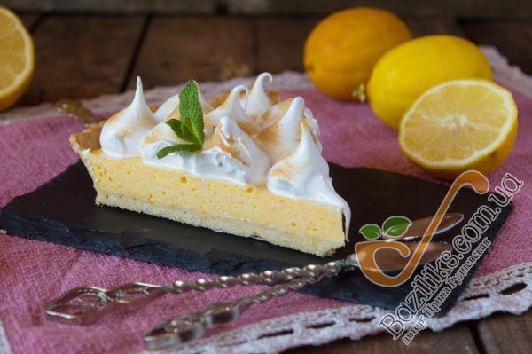И угощаем родных и близких этим невероятно вкусным десертом!  Уверена, что они смогут оценить ваши труды по достоинству.  Приятного аппетита!!!