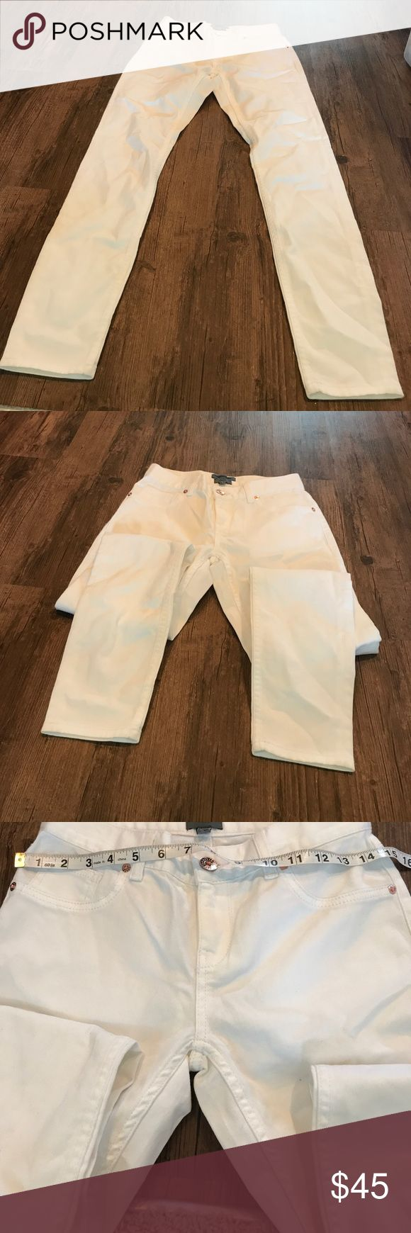 White Ted Baker jeans size 25 (10600) Ted Baker London Jeans Ankle & Cropped