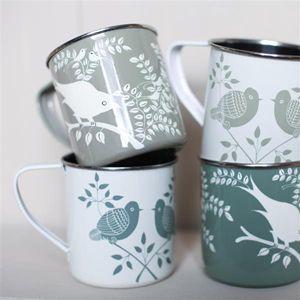 Mug en acier blanc et vert avec motifs oiseaux Lolita Nkuku