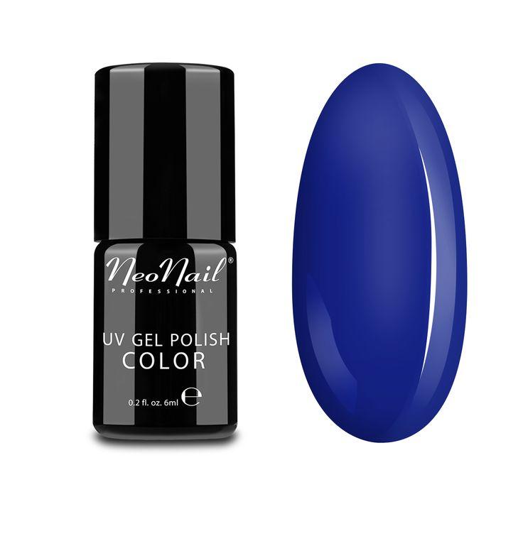 Blue Hiacynth to intensywny odcień niebieskiego z nutą głębokiej ultramaryny. Idealny kolor dla kobiet o mocnym charakterze, pewnych siebie i świadomych swoich celów. Pokreśli opaloną skórę, a także nada intensywności każdej stylizacji.