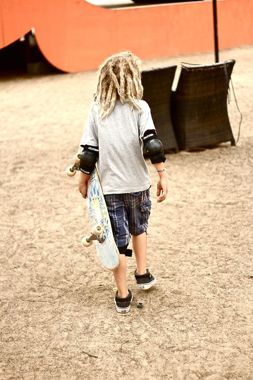 #skate. Lil kid with dreads...so cool