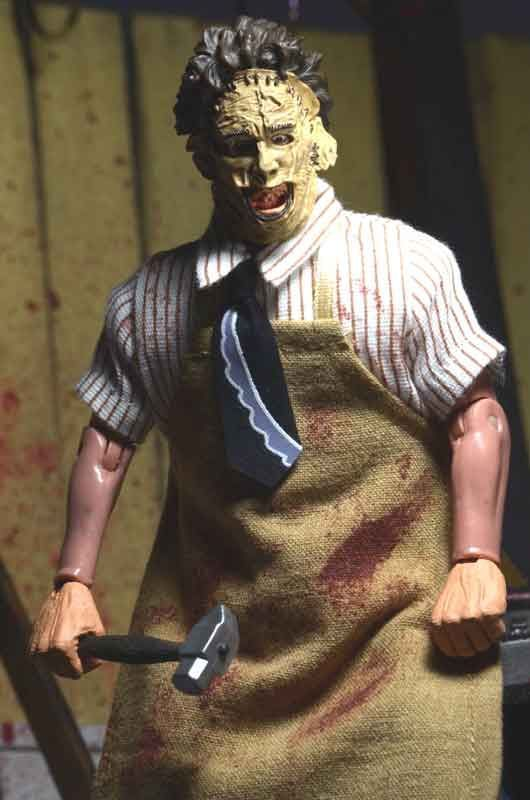 NECA TEXAS CHAINSAW MASSACRE - 8 CLOTHED 40TH ANNIVERSARY LEATHERFACE ACTION FIGURE